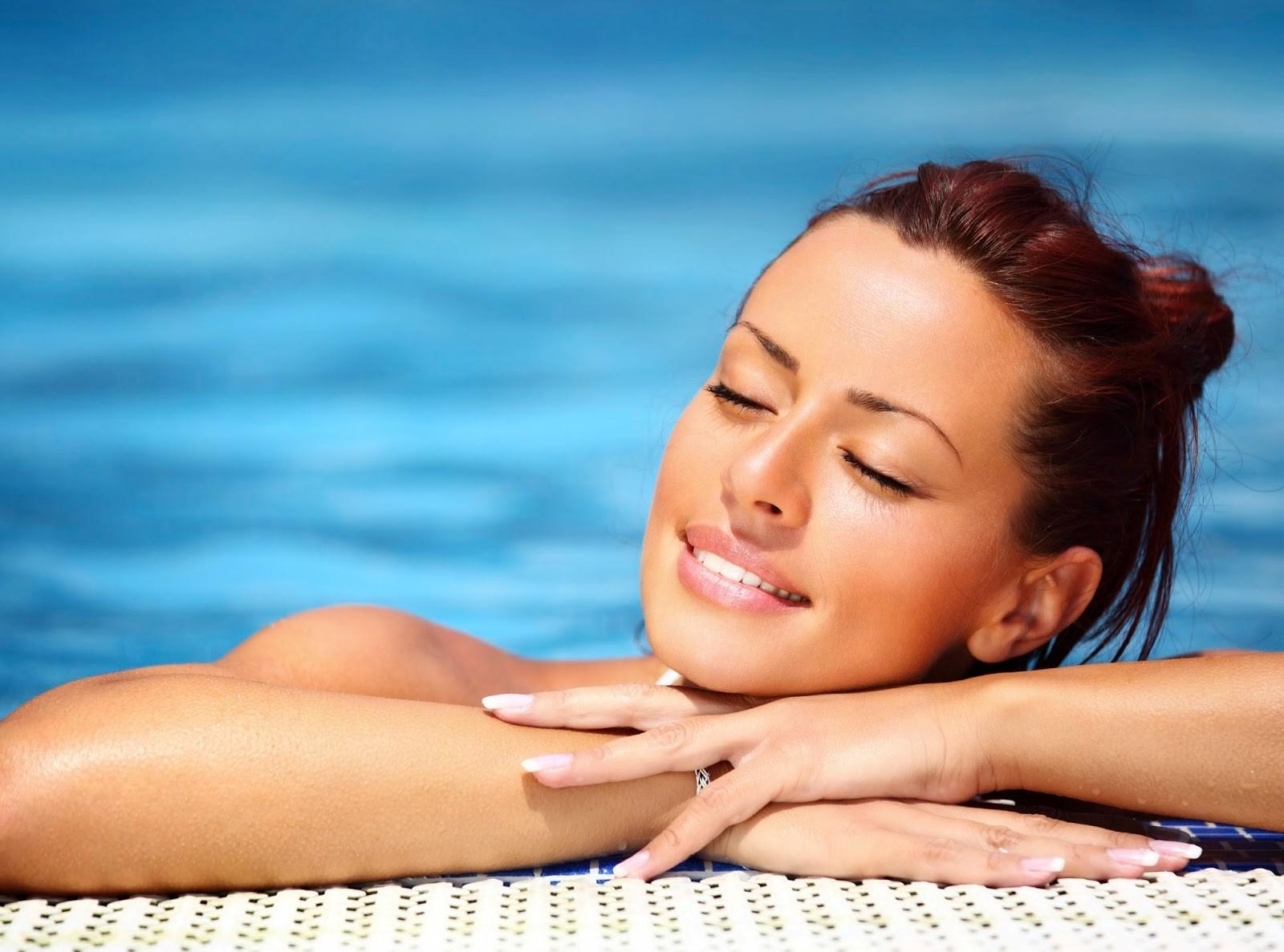En Clínica Vieira sabemos cómo Hidratar la piel antes del verano.