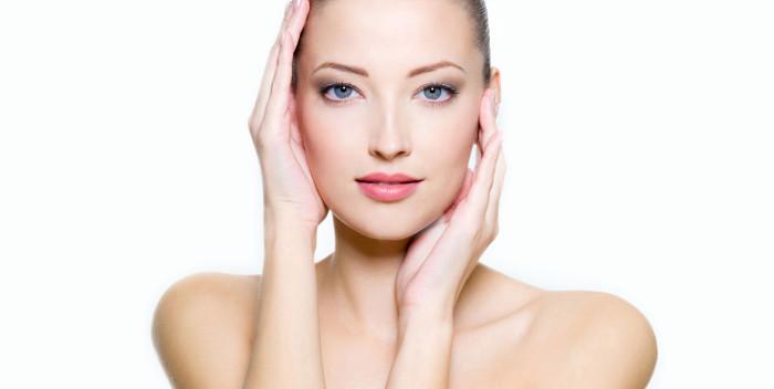 Tratamiento de Medicina Estética con Rellenos Faciales